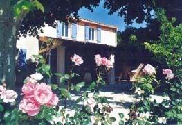 Gîtes de France Le gîte Campagne Peygros - Au milieu des champs de vignes, gîte au premier étage de la maison du prop...
