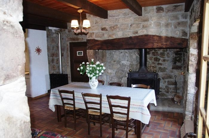 Location vacances Sanilhac -  Maison - 5 personnes - Barbecue - Photo N° 1