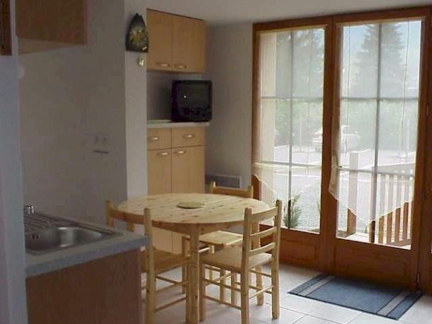 Location vacances Guchen -  Appartement - 4 personnes - Télévision - Photo N° 1