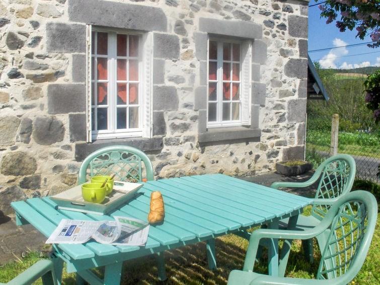 Location vacances Chapdes-Beaufort -  Maison - 3 personnes -  - Photo N° 1