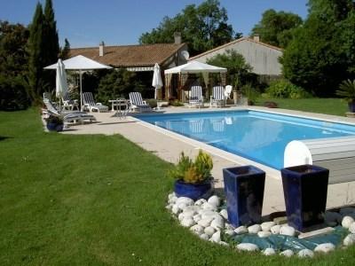 Gite de charme avec grande piscine - Saint-Georges-du-Bois
