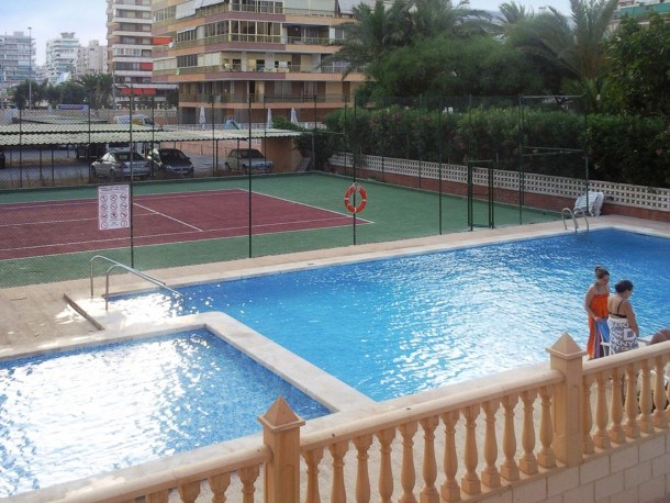 Location vacances Alicante -  Appartement - 6 personnes - Court de tennis - Photo N° 1