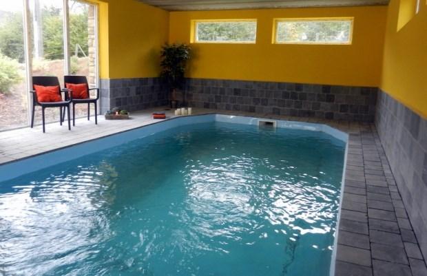 gte pour 9 personnes avec piscine intrieure sauna jacuzzi billard salle cinma - Location Gite Avec Piscine Couverte