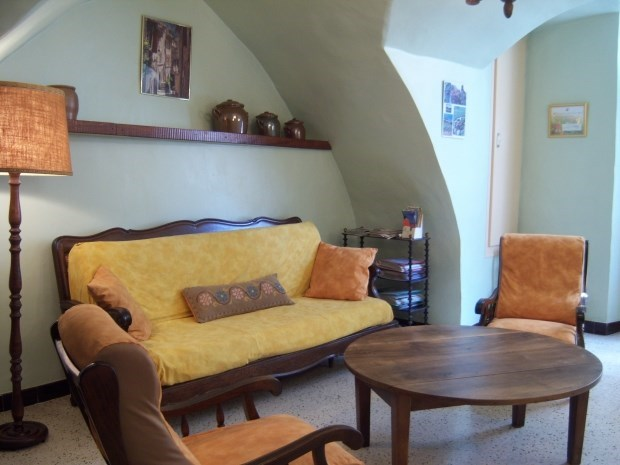 Lodging in a wine village in southern France - Montpeyroux