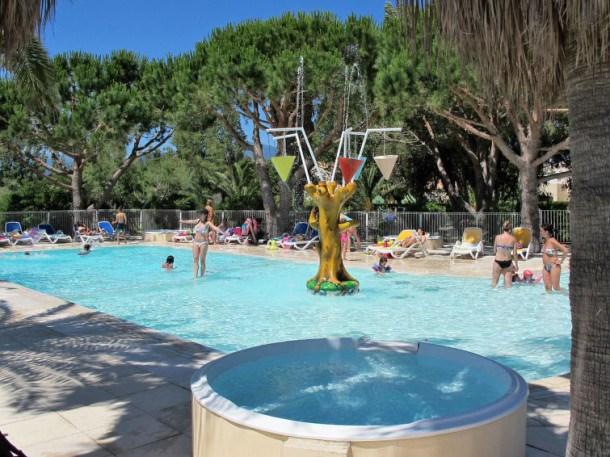 Location vacances Ghisonaccia -  Appartement - 7 personnes - Table de ping-pong - Photo N° 1