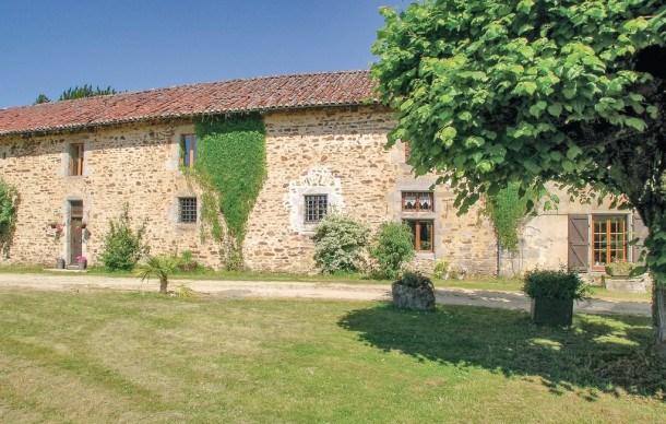Location vacances Saint-Léonard-de-Noblat -  Maison - 10 personnes - Barbecue - Photo N° 1