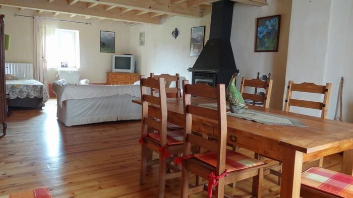 Maison pour 11 pers. avec parking privé, Camurac