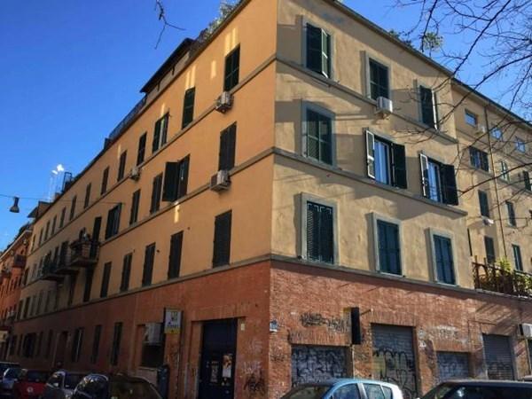 Vente Appartement 3 pièces 75m² Roma