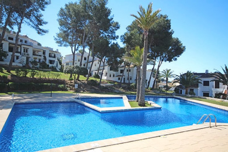 Fantastic family apartment with Superb Communal Pools