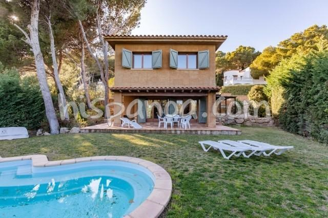 Location vacances Begur -  Maison - 7 personnes - Salon de jardin - Photo N° 1