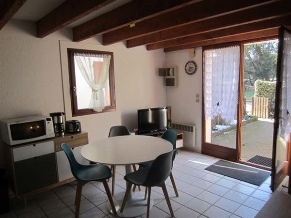 Location vacances Saint-Georges-de-Didonne -  Maison - 6 personnes - Terrasse - Photo N° 1