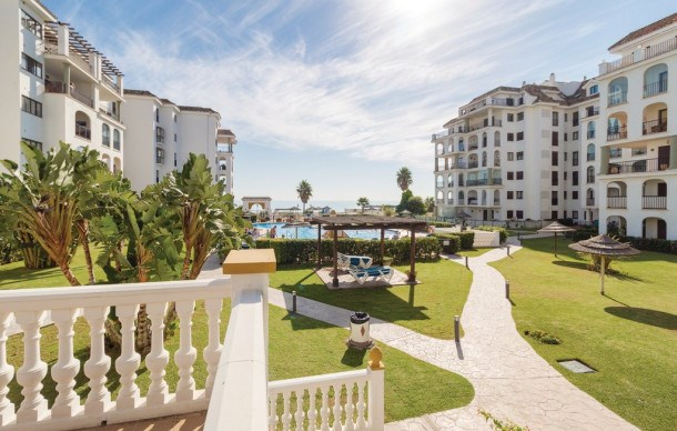 Location vacances Manilva -  Appartement - 4 personnes - Jardin - Photo N° 1