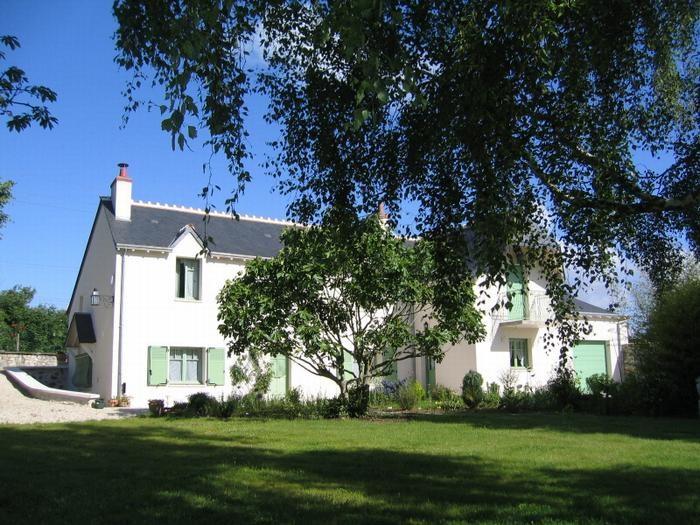 Location vacances Vallières-les-Grandes -  Chambre d'hôtes - 15 personnes - Chaise longue - Photo N° 1