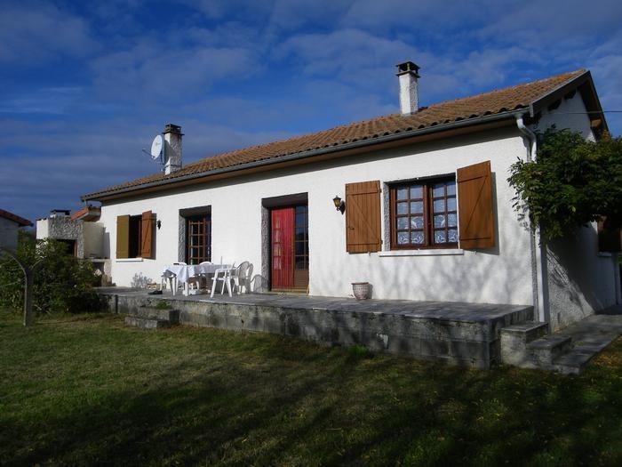 Villa pour 6 pers. avec parking privé, Pointis-de-Rivière