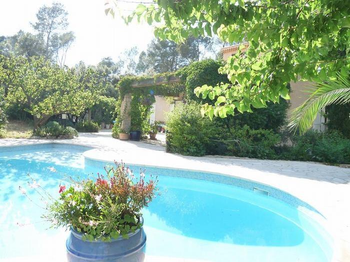 Location vacances Pignans -  Appartement - 2 personnes - Jardin - Photo N° 1