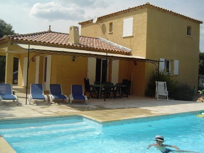 Villa pour 8 pers. avec piscine privée, Régusse