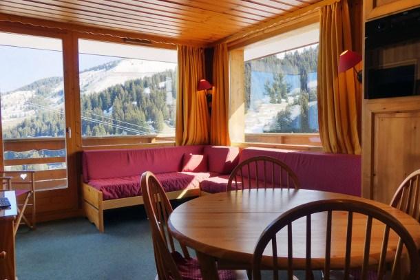 Location vacances Les Allues -  Appartement - 4 personnes - Lecteur DVD - Photo N° 1