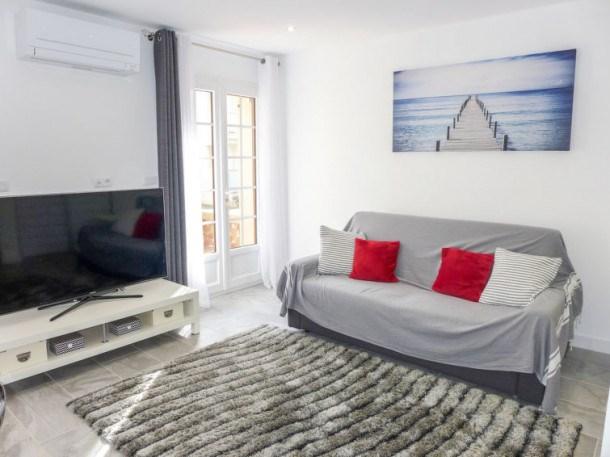 Location vacances Fréjus -  Appartement - 2 personnes - Télévision - Photo N° 1