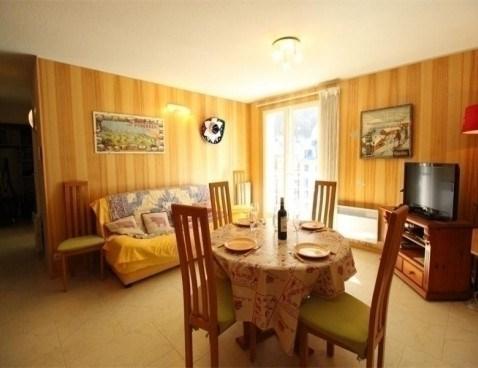 Location vacances Bagnères-de-Luchon -  Appartement - 7 personnes - Télévision - Photo N° 1