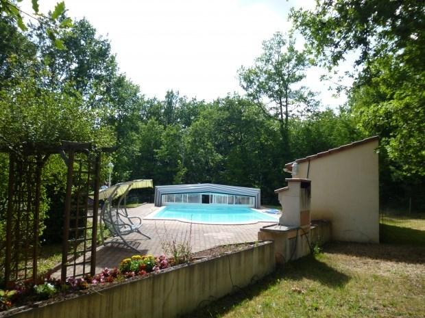 Gite a la campagne avec grande piscine - Baladou