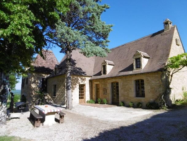 Location vacances Plazac -  Maison - 14 personnes - Barbecue - Photo N° 1