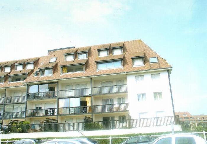 Location vacances Villers-sur-mer -  Appartement - 4 personnes - Salon de jardin - Photo N° 1
