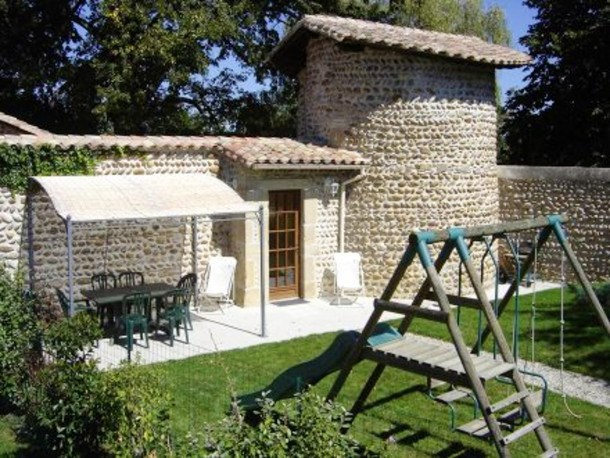 Location vacances Anneyron -  Maison - 6 personnes - Barbecue - Photo N° 1
