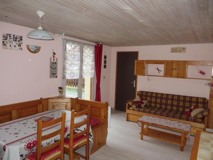 Appartement pour 4 pers. avec piscine, Prémanon