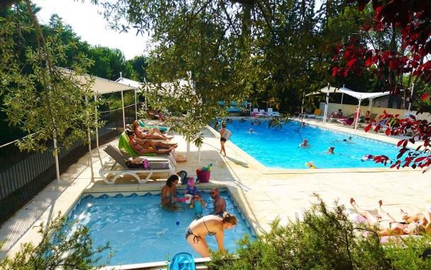 Location vacances Châteauneuf-de-Gadagne -  Maison - 6 personnes - Court de tennis - Photo N° 1