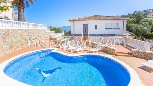 House for 14 ppl. with pool, Lloret de Mar