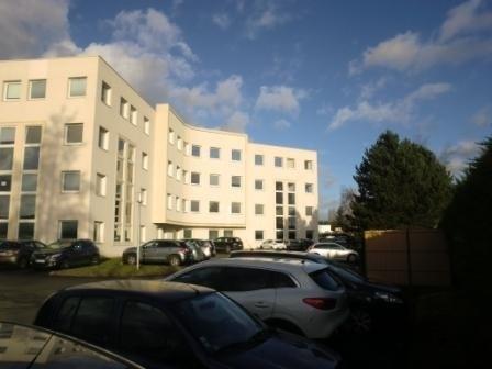 Location bureau compiègne bureau m² u ac mois