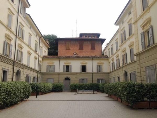 Vente Appartement 3 pièces 118m² Bologna