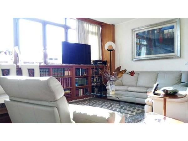 Vente Appartement 4 pièces 170m² Roma