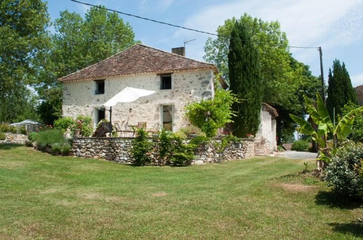 Magnifique maison ancienne avec piscine et grand jardin