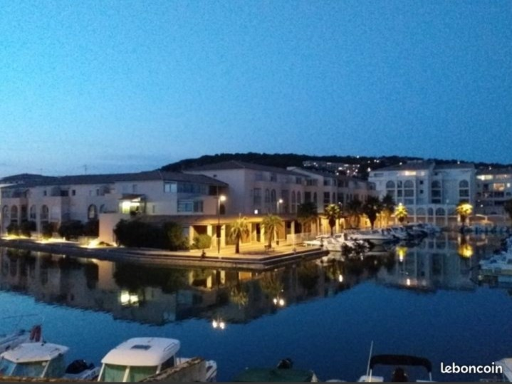 Holiday rentals Sète - Apartment - 4 persons - Garden furniture - Photo N° 1