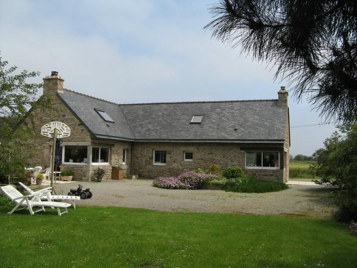 Holiday rentals Lannilis - House - 7 persons - BBQ - Photo N° 1