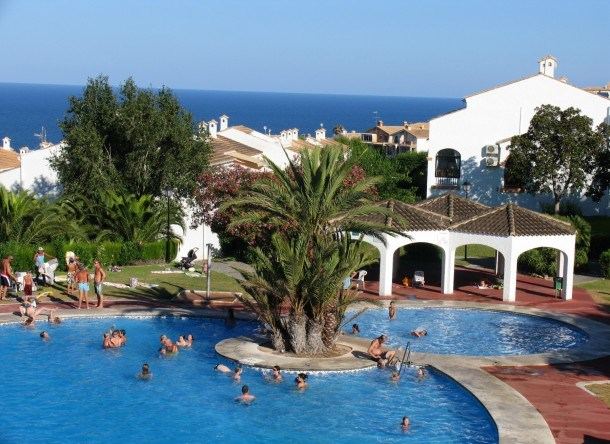 Fantastic apartments with large pool and garden. ideal for families. Ref. GRAN VISTA-2