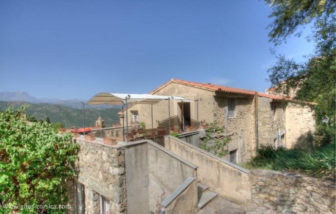 Location vacances Lama -  Gite - 8 personnes - Barbecue - Photo N° 1