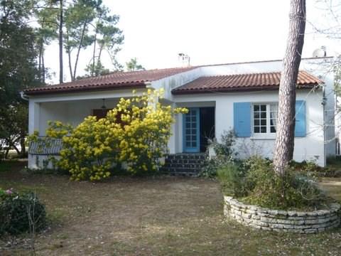 Location d'une villa à DOMINO à 300m de la mer Terrain clos de 1500M et boisé