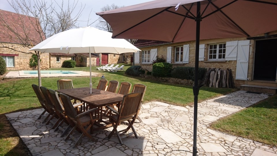 Holiday rentals Les Eyzies-de-Tayac-Sireuil - House - 11 persons - BBQ - Photo N° 1