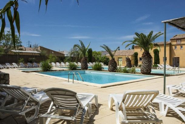 Location vacances Arles -  Maison - 7 personnes - Table de ping-pong - Photo N° 1