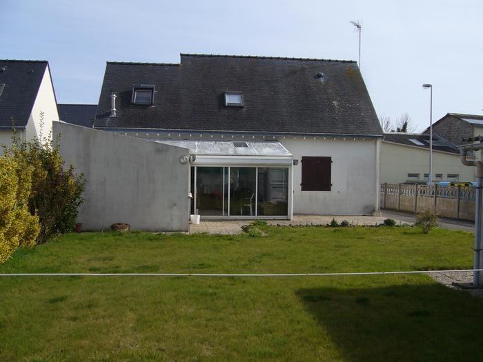 Maison, jardin privatif, terrasse et véranda