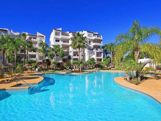 Location vacances Estepona -  Appartement - 6 personnes - Télévision - Photo N° 1