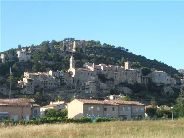Location vacances Montbrun-les-Bains -  Appartement - 6 personnes - Barbecue - Photo N° 1