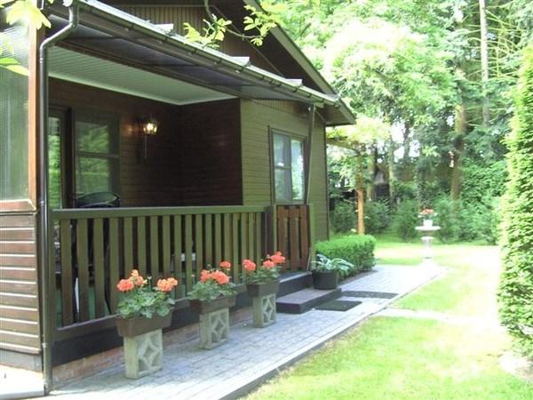 Prachtige chalet met tuinhuisje- rustig gelegen