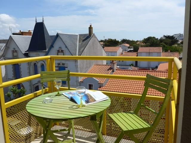 Holiday rentals Saint-Gilles-Croix-de-Vie - Apartment - 3 persons - Television - Photo N° 1