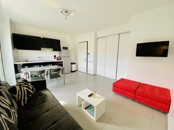 Location vacances Propriano -  Appartement - 2 personnes - Télévision - Photo N° 1