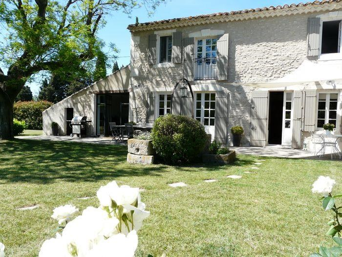 Holiday rentals Saint-Rémy-de-Provence - House - 8 persons - BBQ - Photo N° 1