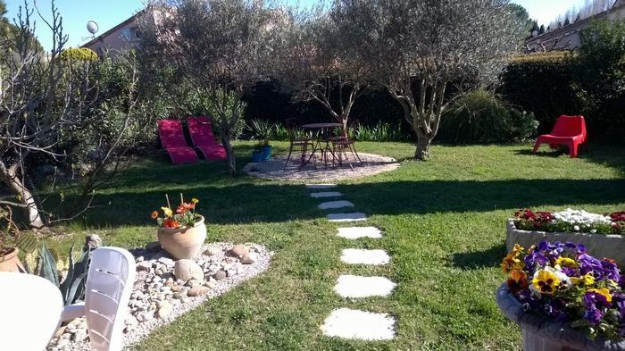 la villa et son jardin