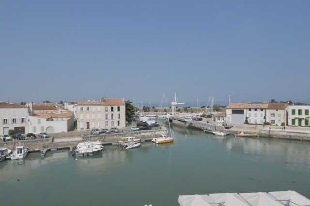 Studio 2 personnes - Très bel appartement ensoleillé avec une vue imprenable sur le port de st ma...